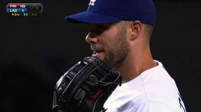 Dodgers call Schumaker to mound again