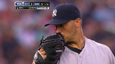 Pettitte passes Ford in Yankees record book