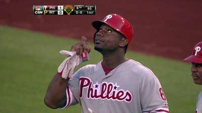 Phillies having Howard get in baseball shape