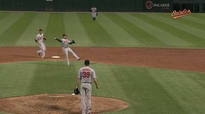 With Roberts' return, O's work with depth at second