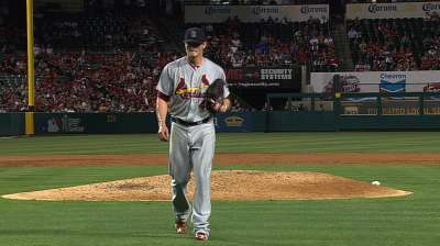 Aided by break, Miller tweaks pitching approach