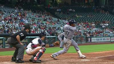 Escobar gives Rays final say in 11th