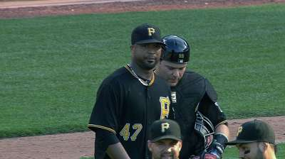 Liriano hurls complete game as Bucs top Cubs