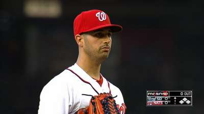 Bats back Gio as Nats top Padres in opener