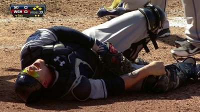 Padres: Grandal's injury result of clean play