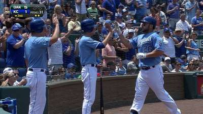 Kottaras enjoying trip home to Toronto
