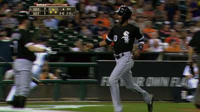 Late surge gives White Sox rare win in Detroit