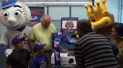 MLB, Mets donate mobile fun system to hospital