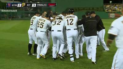 Mercer's walk-off single in 11th delivers win for Bucs