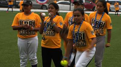 Teams take in All-Star sights as Jr. RBI Classic begins