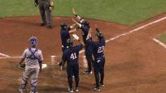 Chisenhall's slam powers Indians past Royals