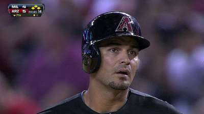 D-backs playing it safe with Chavez's hip
