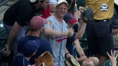 Fan unfazed by feat of snagging four foul balls