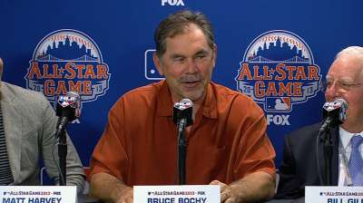 Bochy fills out NL lineup hopeful to win home field