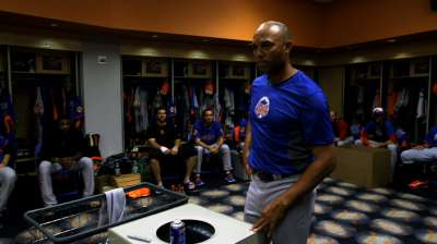 Mo thanks Rangers employees in meeting