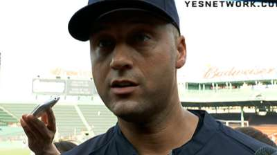 Jeter placed on 15-day DL with right quad strain