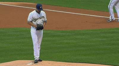Lohse's gem, two home runs lead Brewers to win