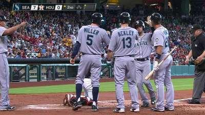 Astros sin respuestas ante Félix y bates Marineros