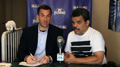 Actor Guzman offers humorous take on broadcasting
