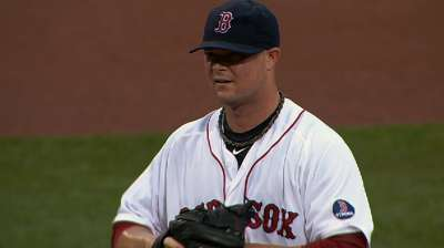 Thanks to strong Lester, Red Sox increase East lead