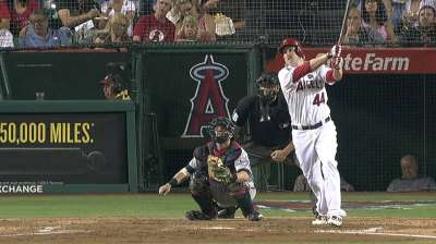 Constant adjustment part of Trumbo's offensive game