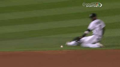 Danks unable to turn off Tigers' power