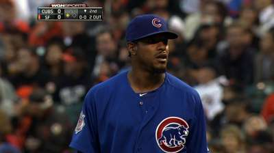 Cubs rally in ninth with help from Giants' error