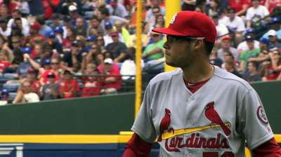 Cards, Kelly come out on wrong end of pitchers' duel