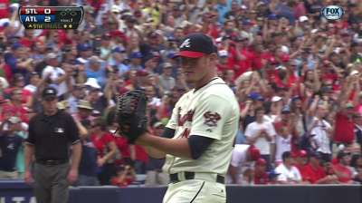 Kimbrel joins Smoltz with third 30-save season