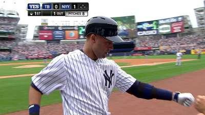 Derek Jeter vuelve con los Yankees y pega jonrón