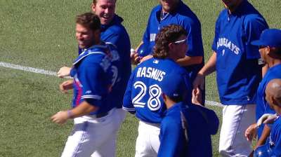 Azulejos se imponen a Astros en duelo de pitcheo