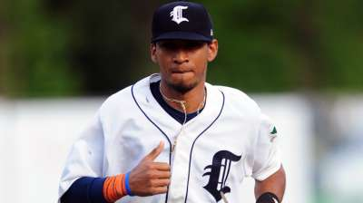 Astros get 19-year-old outfielder for Veras