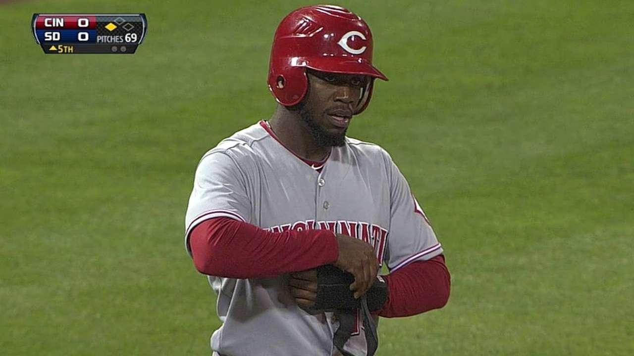 Nats promote Robinson to Major League camp
