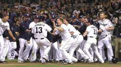 Denorfia's walk-off homer rescues Padres