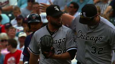 Rays acquire injured White Sox reliever Crain