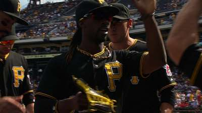 McCutchen, Marte, Martin miss out on Gold Gloves