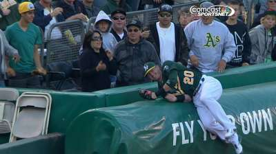 Straily struggles while Buehrle shuts down A's