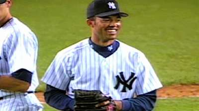 Mariano's first save becomes the standard