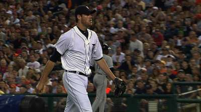 Fister keeps dealing as Tigers take opener