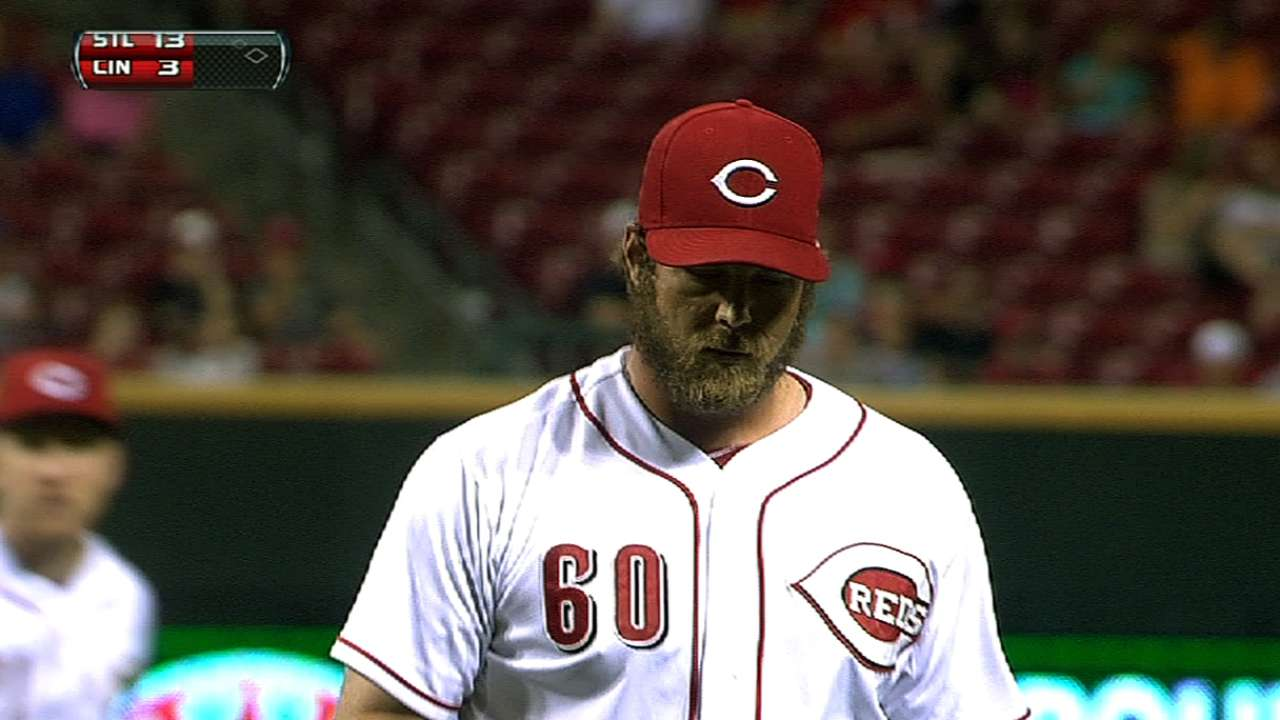 Price explains Reds' new facial hair policy