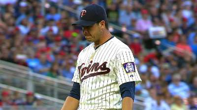 Swarzak an ironman out of Twins' bullpen