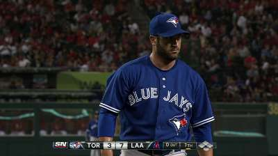 Phillies get Lincoln from Blue Jays, add Nieves