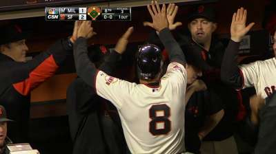 Eighth-inning rally pushes Giants past Brewers