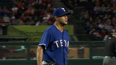 Strong pitching helps Texas win first without Cruz