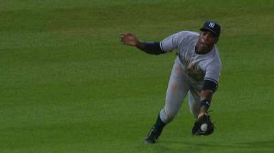 Kuroda's gritty effort not supported by Yanks