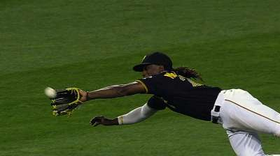 Three Pirates among Gold Glove Award finalists
