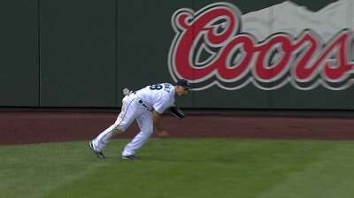 Young infielders' errors part of growing pains