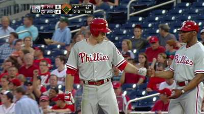 Lannan roughed up as Phils fall to Nationals