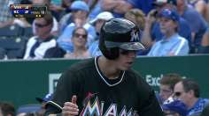 Marlins make most of miscue, rally to top Royals