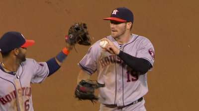 Grossman, Astros pull off heist in Oakland